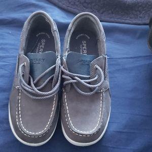 Sperry big boys shoe size 3.5 wide